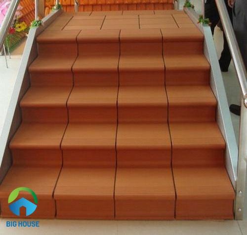 gạch lát cầu thang 9