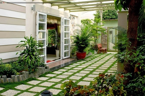 Cách chọn gạch sân vườn trang trí Đẹp – An toàn – Ấn tượng nhất 2018