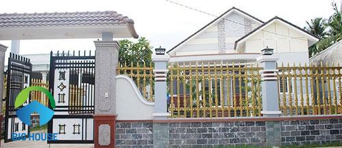 gạch ốp cổng nhà ấn tượng
