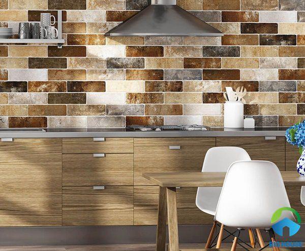 Mẫu gạch ốp tường với họa tiết giả cổ mang đến sự độc đáo cho phòng bếp