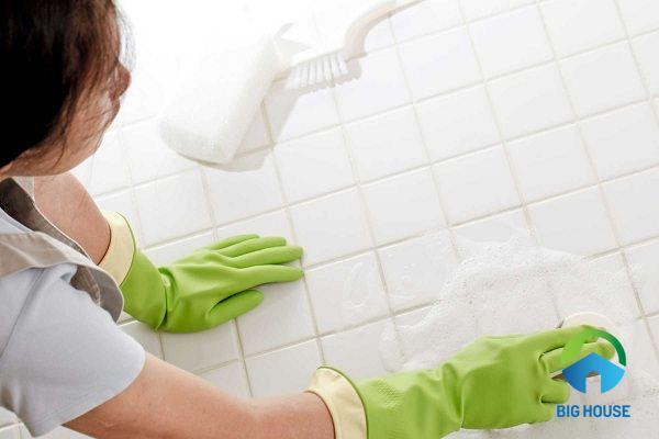 cách làm sạch gạch nhà vệ sinh 1