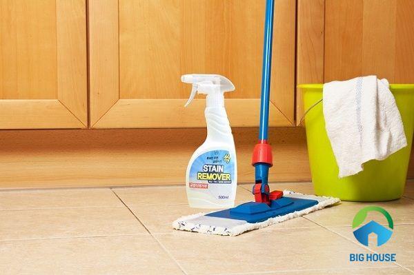 cách làm sạch gạch nhà vệ sinh 3