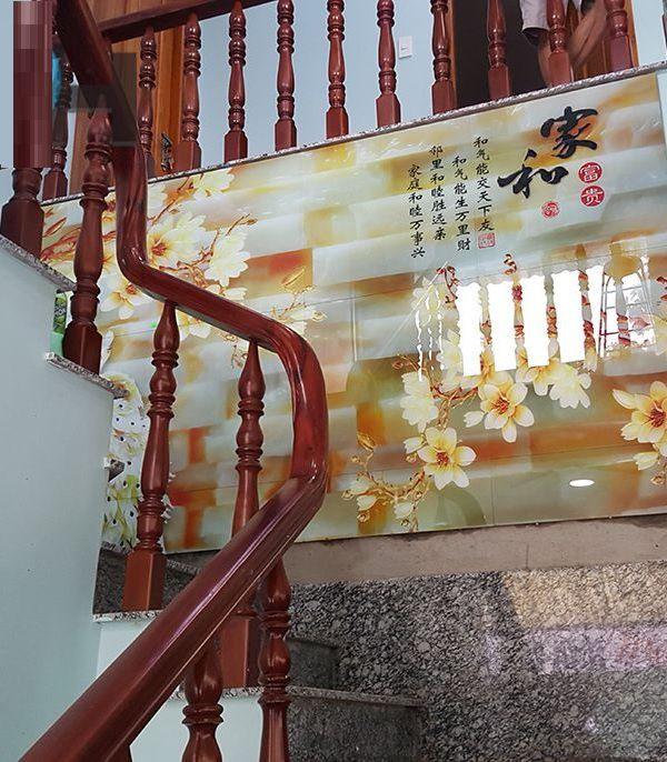 gạch 3d ốp vách cầu thang