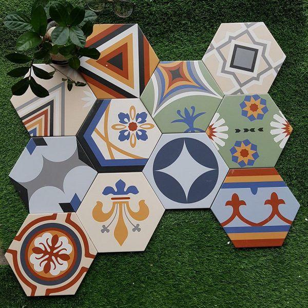 Mẫu gạch bông lục giác đa sắc phù hợp cho ốp trang trí tường