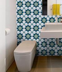 Chọn gạch bông ốp tường toilet giúp tạo điểm nhấn đặc biệt