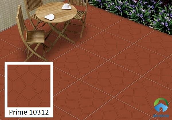 Gạch đỏ với thiết kế đậm nét truyền thống, mang lại vẻ đẹp mộc mạc cho không gian