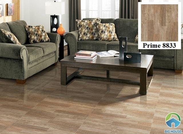 Mẫu gạch giả gỗ Prime 80x80 8833 tông nâu nhạt cho phòng khách trông thoáng đãng hơn