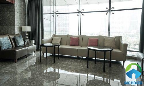 mẫu gạch lát nền phòng khách bóng kiếng sang trọng