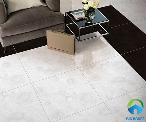 Với gam màu trắng tinh tế, họa tiết trang nhã, mẫu gạch này mang đến sự sang trọng cho phòng khách