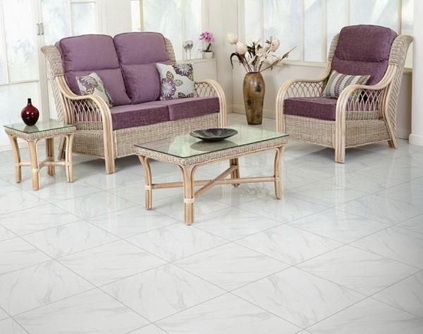 gạch lát sàn phòng khách nhỏ màu trắng sáng