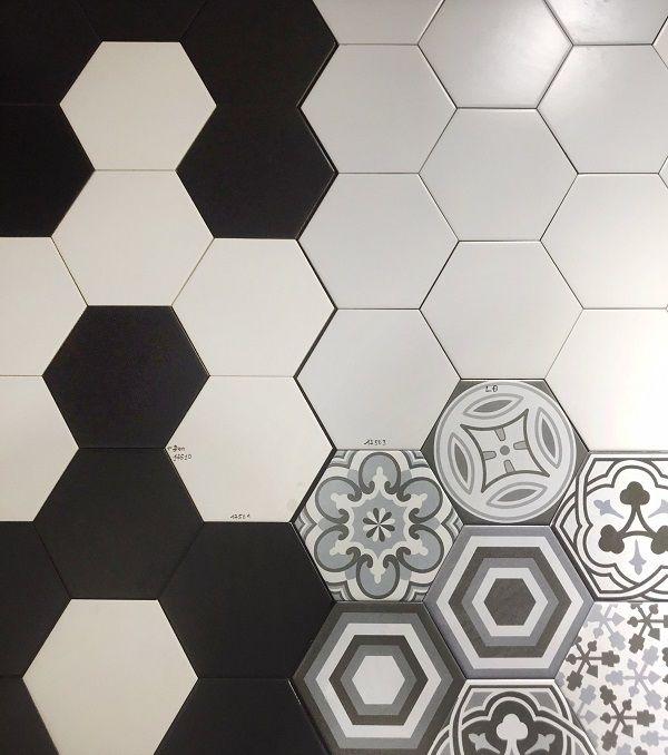Phối gạch lục giác đen - trắng trơn và gạch bông lục giác theo bộ