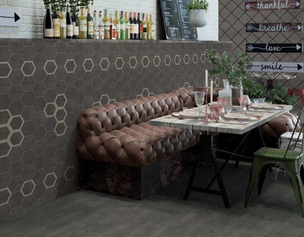 Với những nhà hàng sang trọng, ốp trang trí gạch giúp tạo điểm nhấn rất thu hút