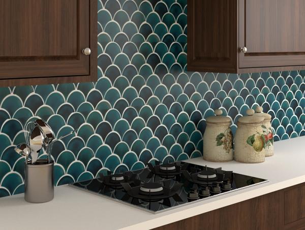 Khu vực backsplash được trang trí bằng mẫu gạch ốp bếp màu xanh hình vảy cá đẹp mắt
