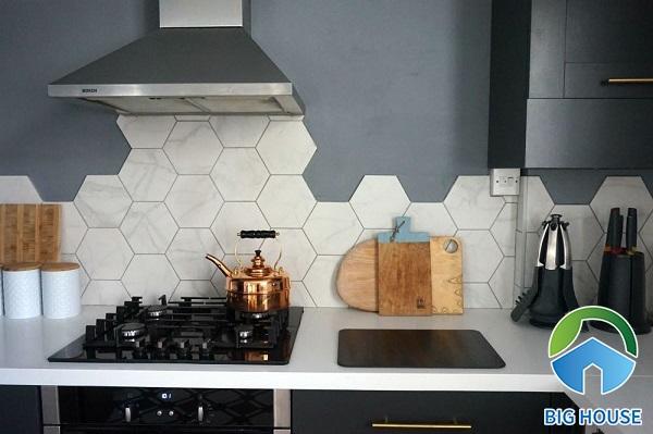 Gạch ốp bếp hình lục giác