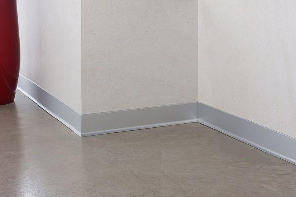 chiều cao gạch ốp chân tường là bao nhiêu