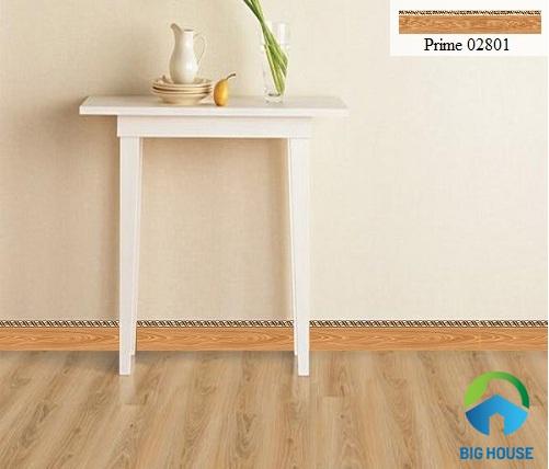 Mẫu gạch viền 12x60 vân gỗ vừa giúp bảo vệ tường nhà vừa tiết kiệm chi phí xây dựng