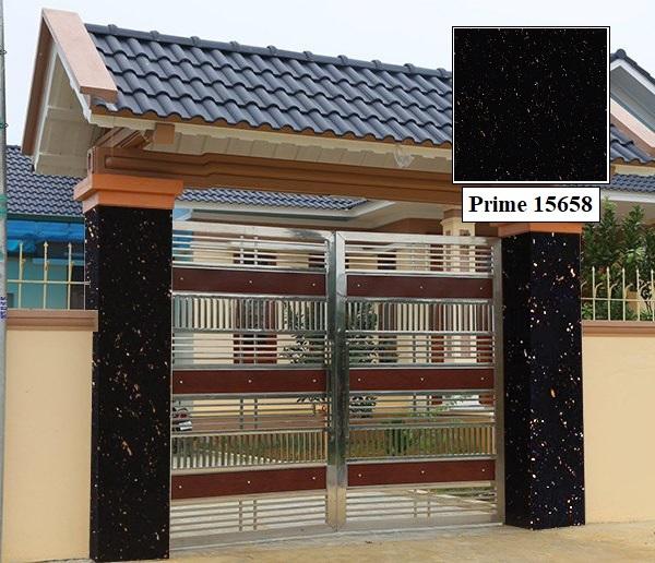 Gạch cổng màu đen Prime 15658 mang vẻ đẹp huyền bỉ, sâu thẳm và cuốn hút. Đặc biệt, mẫu gạch này giúp che vết bẩn rất tốt.