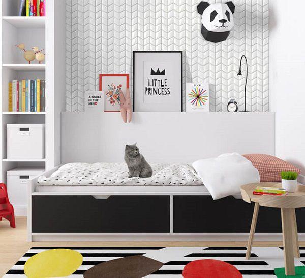 Gạch thẻ trắng đơn giản ốp phòng ngủ giúp việc trang trí trở nên ấn tượng hơn
