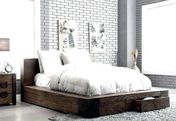 Gạch thẻ trắng ốp tường phòng ngủ khá đẹp mắt