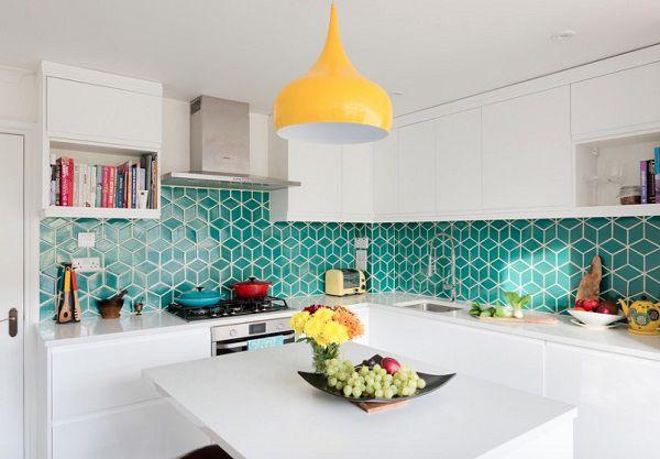 gạch ốp tường bếp hiện đại