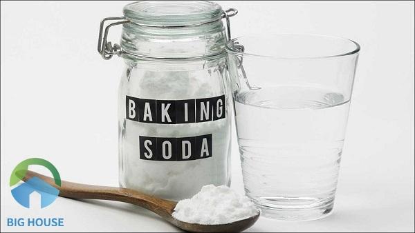 Baking soda là một trong những biện pháp khử vết ố vàng trên tường rất hữu hiệu