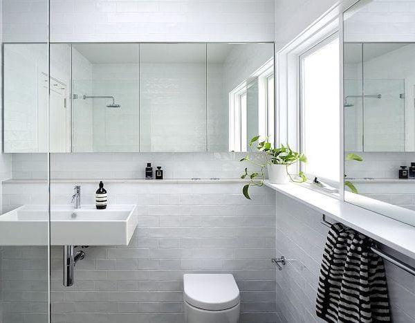 mẫu gạch ốp tường nhà vệ sinh nhỏ màu ghi xám