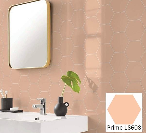 Mẫu gạch lục giác Prime 18608 với tông màu hồng cam mới lạ tô điểm cho bức tường nhà tắm thêm ấn tượng.