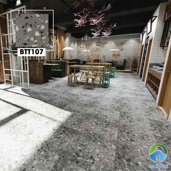 BTT107 kích thước 60x60 có gam màu xám đá hiện đại rất thích hợp lát nền quán cafe. Dòng gạch terrazzo trở thành xu hướng gạch ốp lát xanh trong thời gian gần đây.