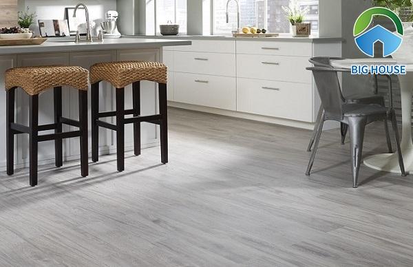 Gạch giả gỗ tone xám mang lại giá trị thẩm mỹ cao và những tính năng ưu việt