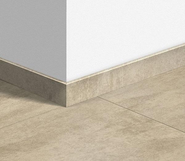 gạch viền tường 12x80 cùng tông với màu gạch lát nền
