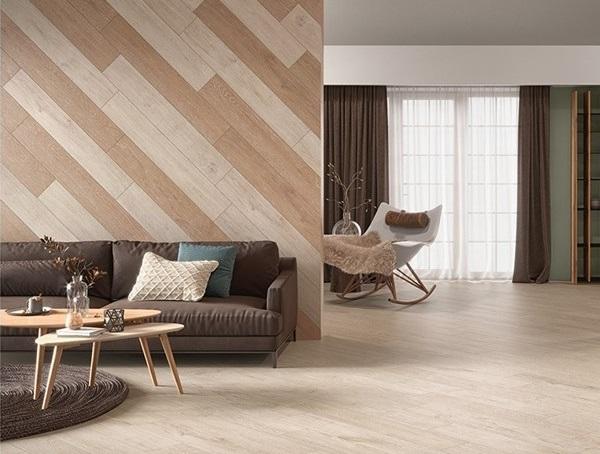 Kết hợp giữa 2 mẫu gạch vân gỗ khác nhau tạo điểm nhấn cho tường nhà